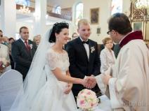 Ślub kościelny w kościele Sobienie Jeziory